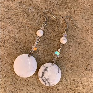 • marble and silver iridescent earrings •